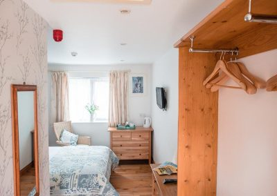 Room-2-Accommodation-Uplyme-Bed-Breakfast-12
