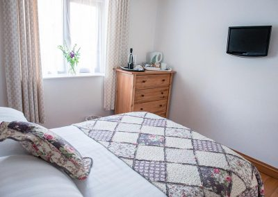 Double Bed Room B&B Accommodation Uplyme