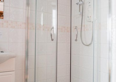 Shower room Bed and breakfast accommodation Uplyme Devon